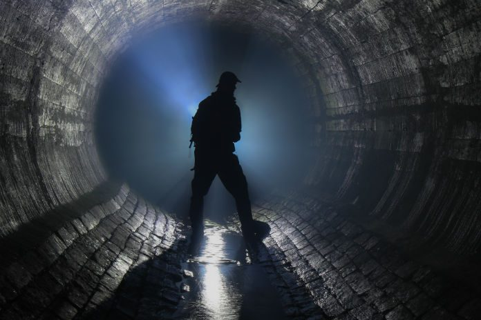 Sewer maintenance training: mind the gap